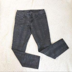 Seven7 Skinny Jeans 6 Snakeskin Print Gray Reptile